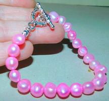 Rózsaszínű Valódi Gyöngy Karkötő-Díszes kapoccsal