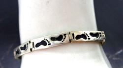 Ezüst karkötő kutya mintával