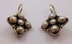 Antik ezüst fülbevaló gyöngyökkel