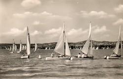 Ba 117 Körkép a Balaton vidékről a XX.század közepén .Kölyök regatta 1952