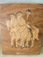 Intarzia kép:Udvari lovarda felsorakozott,aláírt kézimunka