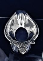 Csillogó ezüst kínáló