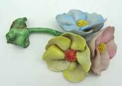 B748 Herendi porcelán virág 1 Ft-ról - minimális szirommegpattanásokkal