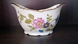 1900-as évek elejéről, gyűjtői darab. Különleges porcelán asztal közép, kínáló. Hüttl Tivadar.