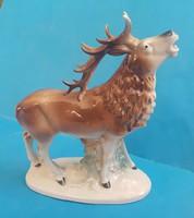 Bőgő szarvas , vadász téma , német porcelán