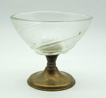 B752 Gyönyörű üveg kínáló tál réz talpon - szép, hibátlan állapotban