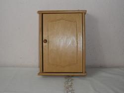 Fa fali kulcstartó szekrény, kulcsszekrény