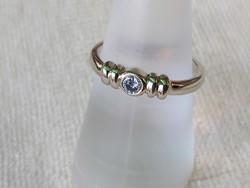 14 k feher arany gyűrű/brill