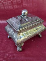 Bécsi ezüst cukordoboz. 1847 es 13 latos .427g