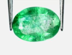 Különleges Aukciót! Ovális Zöld smaragd 1.30Ct tanúsítással