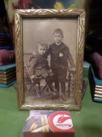 15 x 10 cm-es , picit kopott , fa keretben , kedves régi fotó .