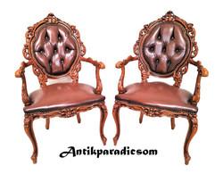 A351 Gyönyörű barokk,dúsan faragott karfás bőr székek