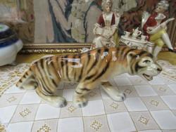 Szép Royal Dux tigris