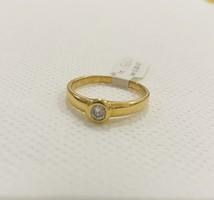 Új Brill Köves 18 Karátos Gyűrű !
