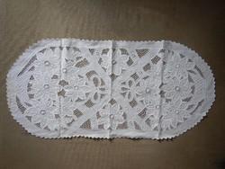 Fehér terítő, asztali dísz; 100 cm x 48 cm