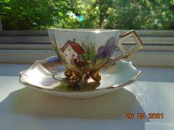 Panoramikus tájképpel kézzel festett 4 lábacskás kávés csésze alátéttel