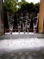 6 db  ritka nagy méretű (30 cm) elegáns talpas pezsgős pohár -az ár a 6 db-ra vonatkozik