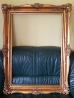 Gyönyörű áttört 70x100 cm blondel képkeret keret