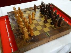 Gyönyörű kézi faragású nagyméretű kínai sakk készlet