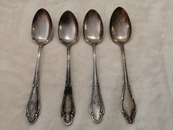 Ezüst vagy ezüstözött kanalak