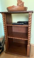 Kolóniál stílusú tároló és TV szekrény