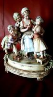 Antik csoportos porcelán