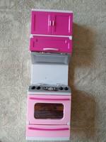 Játék konyhaszekrény mozgatható elemekkel, ajánljon!