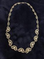 Gyönyörűen megmunkált antik 18K nyaklánc