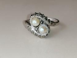 Ezüst gyűrű édesvízi tenyésztett gyöngyökkel és markazitokkal díszítve 800 - as agarfejes femjeles