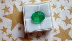 Természetes 7.10 karátos zöld smaragd drágakő tanúsítvánnyal