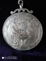 Antik ezüst keresztelő medál (18.-század)