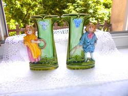 Antik majolika váza pár -kisfiú és kislány
