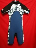 68 cm mellkas kerületű, neoprén szörfruha,búvárruha, úszó-fürdőruha 10-12 évesnek