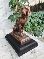 Antik bronz vadászkutya szobor