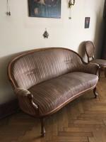 Neobarokk 3 személyes szép kanapé, áthúzandó, de tökéletes szerkezetű 60 e.