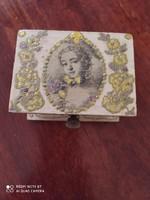 Vintage stílusú fa doboz
