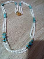 Gyönyörű 2 Soros Gyöngy Nyaklánc Türkiz és Aranyozott Gyöngyökkel .Kapcsoloja Jelzett Aranyozott