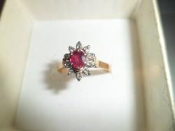 18K arany gyűrű / brill,rubin