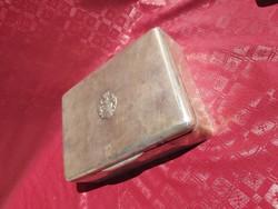 Nemesi címeres ezüst doboz. 1867 utáni Magyar. 960 g