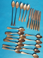Evőeszközök: kések, kanalak különböző márkákkal