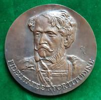 Csíkszentmihályi Róbert: gróf Andrássy Gyula, bronz plakett, relief