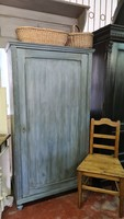 Festett,vintage kék egy ajtós ruhásszekrény