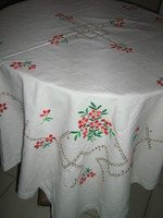 Csodaszép antik kézzel hímzett virágos fehér vászon terítő