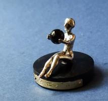 Ezust szobrocska  & Onyx gomb