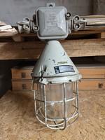 EOW bunker lámpa
