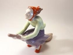 Kőbányai porcelán boszorkány