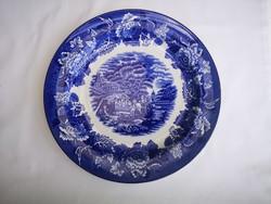 Porcelán tányér