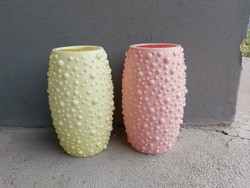Retro műanyag rücskös vázák, váza nosztalgia darabok