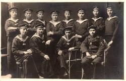 Csoportkép, tengerész, Török Vas Félhold (Gallipoli Csillag), werft division, ritka, képeslap méret
