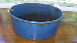 Régi fém zomános kék szita